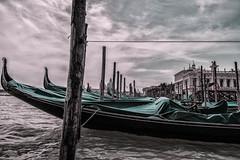 Gondolas (Caminante ...) Tags: venecia gondolas