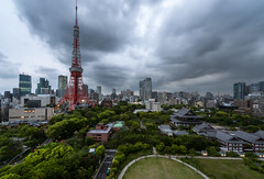 Tokyo Tower (morozgrafix) Tags: city sky cloud storm tower japan skyline architecture clouds temple tokyo jp tokyotower minatoku minato zjji tkyto 2fb