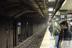 r_160519063_whcedu_a (Mitch Waxman) Tags: newyorkcity newyork subway manhattan midtown 59thstreet 4line