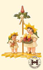 Engel, Sternenkinder (ratags) Tags: advent rats engel pyramide weihnachtspyramide weihnachtsdekoration weihnachtsschmuck schwibbogen teelichter leuchter bergmann bilderrahmen blumenkinder spieluhr raeuchermann adventsschmuck lichterhaus holzkunst winterkinder fensterbild gluecksbringer lichterbogen tischdekoration raeuchermaennchen fensterdekoration sternenkinder baumbehang spieldose raumleuchte raeucherhaus aufstecksterne waermespiel bogenpyramide tannanbaum fruehlingspyramide erzgebirgischeholzkunst doppelschwibbogen fensterbildbeleuchtet raeucherpilz momenteinholz adventsringe glockenpyramide kirchenpyramide wandpyramide spanbaumpyramide dreieckpyramide achteckpyramide hauspyramide giebelpyramide himmelspyramide strauchbehang