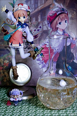 Alchemy (gwennan) Tags: anime color macro cute green colors japan closeup toy figure figures phat pvc atelier fryxell jfigure meruru phatcompany rorona ateliermeruru rororinafryxell rororina ateliermeruru~arlandnorenkinjutsushi3~