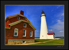 Ft Gratiot Lighthouse (the Gallopping Geezer 3.8 million + views....) Tags: old light lighthouse building water mi canon michigan structure greatlakes guide lakehuron geezer porthuron 2016 hisoric 5ds ftgratiot