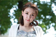 DP1U7604 (c0466art) Tags: light portrait cute beautiful canon pose big model eyes pretty action outdoor gorgeous young taiwan lovely charming elegant  1dx c0466art