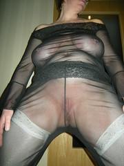 Warten auf den Camsexlover (Hase91) Tags: stockings tits boobs slut piercing mature bitch seethrough transparent milf sheer durchsichtig hnger saggy braless schlampe strmpfe