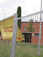 Colegio electoral en Vic (Eduardo Gonzlez Palomar) Tags: barcelona catalonia colegio vic catalunya electoral catalua osona fanatismo adoctrinamiento 2662016