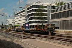 BLS Lötschbergbahn Robel Tm 235 204 - 5 des Bahndienst ( Störungsinterventionsfahrzeug - Traktor - Bahndiensttraktor - Inbetriebnahme 2.0.0.7 ) am Bahnhof Bern Bümpliz Nord bei Bern im Kanton Bern der Schweiz (chrchr_75) Tags: hurni christoph schweiz suisse switzerland svizzera suissa swiss chrchr chrchr75 chrigu chriguhurni chriguhurnibluemailch juli 2016 juli2016 bahn eisenbahn schweizer bahnen zug train treno albumbahnenderschweiz juna zoug trainen tog tren поезд lokomotive паровоз locomotora lok lokomotiv locomotief locomotiva locomotive railway rautatie chemin de fer ferrovia 鉄道 spoorweg железнодорожный centralstation ferroviaria albumbahnenderschweiz2016712 albumblslötschbergbahn bls lötschbergbahn robel dienstfahrzeug albumbahnblstm235robel albumbahnblslötschbergbahn