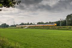ICM 4247 + 4028, De Lutte (Dennis te D) Tags: icm icmm amsterdam amsterdamcentraal badbentheim berlijn icberlijn warmte airco 4247 4028 ic 149