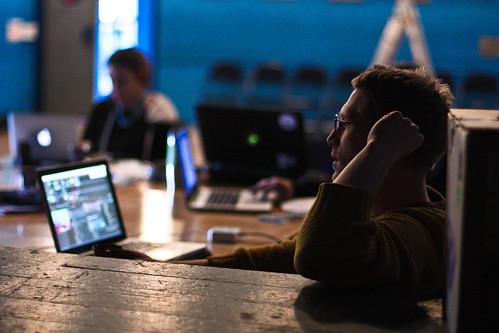 "WORKSHOP: Percepce lidského oka / Video jako zdroj světla na divadle • <a style=""font-size:0.8em;"" href=""http://www.flickr.com/photos/83986917@N04/17085433331/"" target=""_blank"">View on Flickr</a>"