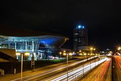 BMW Welt bei Nacht (kolb.christoph) Tags: night munich mnchen nacht bmw nachtfotografie welt olympiapark langzeitbelichtung lichtzieher