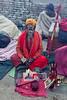 (Sébastien Pineau) Tags: nepal temple skull photo asia raw foto os kathmandu bone asie hueso templo pineau pashupatinath népal crâne cráneo नेपाल bagmati kathmandou sādhu साधु संघीय लोकतान्त्रिक nepāl sébastienpineau गणतन्त्रात्मक