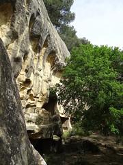 Lamanon (Eric J-A D.) Tags: troglodytes lamanon grottesdecals