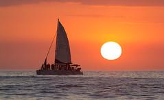 Sunset cruise, Tamarindo, Costa Rica (maxunterwegs) Tags: sunset sea mer sailboat boot boat mar costarica meer sonnenuntergang prdosol tamarindo ocaso segelboot coucherdesoleil guanacaste