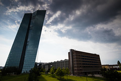 European Central Bank (Fabian W) Tags: skyline clouds canon frankfurt himmel wolken mainhatten ecb markthalle ezb osthafen 7dmkii