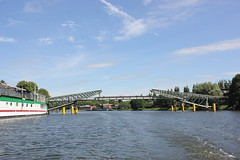 Klughafenbrcke (magro_kr) Tags: lubeka lbeck lubeck luebeck niemcy germany deutschland szlezwikholsztyn holsztyn schleswigholstein holstein kana kanal rzeka woda most architektura canal river water bridge architecture
