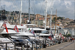 genova (heavenuphere) Tags: genova genua genoa liguria italia italy europe city porto antico old port harbour boat yacht 24105mm
