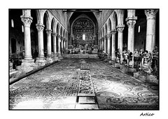 Basilica Santa Maria Assunta (Artico7) Tags: old people blackandwhite bw italy art history church monochrome beautiful blackwhite ancient fuji christ god roman mosaic basilica faith columns large belief tourists christian dome historical pillars 1000 biancoenero romans attraction friuli belive udine aquileia saintmary xe1 santamariaassunta xisecolo xicentury calitel