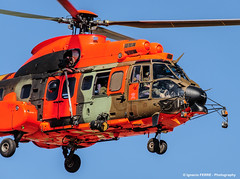Orange Cougar (Ignacio Ferre) Tags: orange airplane nikon aircraft aviation military helicopter ume cougar avin naranja helicptero eurocopter spanisharmy famet lecv ecas532ulcougar