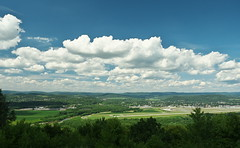 Pennsylvania Sky (Gavin Edmondstone) Tags: williamsportregionalairport williamsport pennsylvania clouds