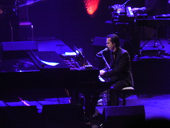 Nick_Cave02 (Muso's Guide) Tags: nickcave warrenellis theplayhouse