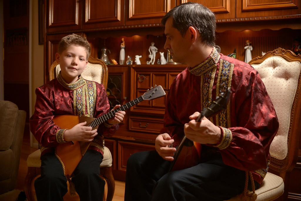 Andrei Saveliev and Aaron Mott: Balalaika Apprenticeship