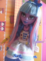 You want adorable pastel goth? I'll give you adorable pastel goth!! (Kate's Creations) Tags: river high doll dolls locks after blondie ever mattel redress lockes eah restyle styxx