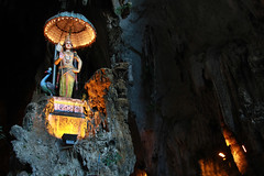 5478 A temple deity--Batu Caves , Kuala Lumpur , Malaysia . (ngchongkin) Tags: malaysia batucaves nationalgeographic musictomyeyes thegalaxy frameit heartawards earthasia wonderfulasia buildyourrainbow theredgroup administrationexquisite niceasitgets thelooklevel1red infinitexposure