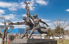 Runner Statue  Beijing Olympics park,  Art (ZUCCONY) Tags: china cn beijing bobby 2016 zucco beijingshi bobbyzucco pedrozucco