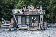 Nautilus Hausboot (zoisfotis) Tags: park berlin see haus spree nautilus hausboot treptower