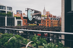 lets rock the empire state building (Robbi_An) Tags: newyork newyorkcity empirestatebuilding thehighline highline nyc wolkenkratzer usa sony sonya7 sonya7ii vollformat voigtlnder 35mm ultron voigtlnderultron35mmf17
