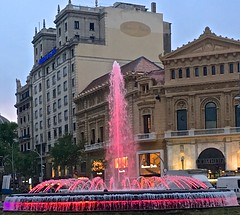 pink, fountains, colored lights, Barcelona, (David McSpadden) Tags: barcelona pink coloredlights fountains