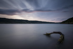 Loch Salagou (Mathieu Calvet) Tags: longexposure lake water landscape interestingness eau pentax tripod lac explore paysage 1224 manfrotto k3 languedocroussillon hrault ndfilter salagou poselongue lacdusalagou trpied da1224 bw106