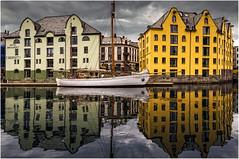 Alesund (leonhucorne) Tags: norvge norway alesund reflets europe travel maisons flickrtravelaward bestshotoftheday
