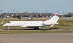 Photo of M-GYQM Bombardier Global Express XRS