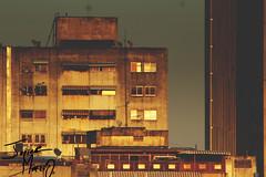 Edifcio en llamas (Javier Alejandro .M) Tags: city light urban macro art love luz canon vintage noche cool arquitectura raw arte venezuela dia nios fresh caracas nia deporte 75300mm futbol aire fury eosrebel lospalosgrandes urbanocity caracaos canont5 urbanociti