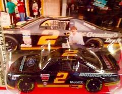 #53-49, Rusty Wallace, #2, Miller, GD, Pictures with real hot wheels and their diecast (Picture Proof Autographs) Tags: photograph photographs inperson pictureproof photoproof picture photo proof image images collector collectors collection collections collectible collectibles classic session sessions authentic authenticated real genuine sigatures diecast auto autos vehicles vehicle model toy toys automobile automobiles autoracing sport sports nascar series winstoncup sprintcup busch nationwide fred frederick weichmann
