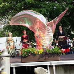 Saahira dancing with Wings (saahiradancer) Tags: priska wings dancing bellydancer baden isis schwarzwald raqs sharqi müllheim nieke bauchtanz saahira