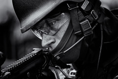11th Airmobile Brigade 30176 (100_woorden) Tags: soldier army exercise military thenetherlands delft markt leger soldaat landmachtdagen royaldutcharmy silverefexpro luchtmobielebrigade canon5dmarkiii nikcollection 11thairmobilebrigade canonef100400mmlisiiusm