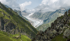 Fiescher glacier, Wallis (k335w) Tags: cloud mountain green nature rock landscape see view glacier through gletscher wallis zwitserland