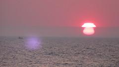 Watch the sunspot (navarrodave80) Tags: sunset sea seascape dave canon ship baltic serene sunspot ustka chmiel