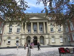 Mid-Victorian Classicism (cohodas208c) Tags: toronto architecture architects queenstreet 1860 osgoodehall 1846 nationalhistoricsite lawsocietyofuppercanada williamgstorm frederickcumberland victorianclassicism