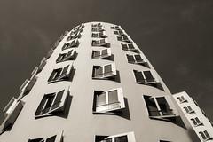 Neuer Zollhof, Dsseldorf, Frank Gehry (Werner Schnell Images (2.stream)) Tags: building frank gehry dsseldorf ws neuer zollhof