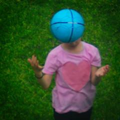 Catching a Ball (Arthur Koek) Tags: girl catching blue ball pink skirt heart hands grass harderwijk veluwe gelderland thenetherlands