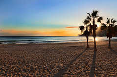 IMG_4293 Trio on the beach (jaro-es) Tags: light shadow sea sky españa luz sol beach nature canon landscape licht mar spain meer natur himmel playa natura landschaft sonne schatten spanien platja costablanca naturesfinest spanelsko naturewatcher eos70d naturemaster