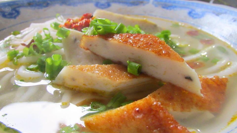 bánh canh chả cá 4
