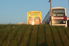 (Jonny Dunbar) Tags: aubade lothianbuses earlymorningsun busadvert seafieldbusdepot