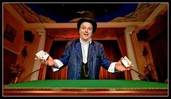 Bobby (Gelegenheitsknipser) Tags: deutschland theater hamburg bobby hh 2009 altona magie hansestadt mensch illusionist künstler norddeutschland zauberer magier hamburgaltona zauberkünstler zauberkunst mpfotonet magiculum gelegenheitsknipserde marcopagel magiculumhamburg altesmagiculumhamburg