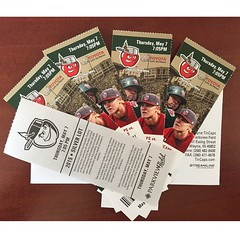 First come first serve, yo. They're on my desk here at @vordermanvw. Four field box seats and a parking pass. Bring me something special in return. #ILikeAlcoholOrCash #thirstythursday #tincaps #potheads #parkviewfield #baseball #vordermanvw #FortWayne (reg.vorderman) Tags: volkswagen vorderman vordermanvolkswagen httpvordermanvolkswagencom