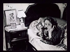 Marlene Dietrich making one of the first transatlantic telephone calls from Hollywood to her daughter in Berlin, 1920s, by Erich Salomon [768x566] #HistoryPorn #history #retro http://ift.tt/1Wakd50 (Histolines) Tags: from 1920s berlin history by one telephone daughter first marlene erich her retro hollywood timeline dietrich making transatlantic calls salomon vinatage historyporn histolines 768x566 httpifttt1wakd50