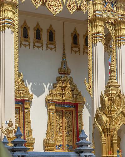 Wat Phrom Chariyawat Phra Ubosot Doors (DTHNS0119) วัดพรหมจริยาวาส ประตู พระอุโบสถ