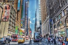 7th Ave. New York (Arnzazu Vel) Tags: street city nyc urban usa newyork architecture buildings arquitectura manhattan streetlife ciudad 7thave citta skycraper rascacielos grattacieli